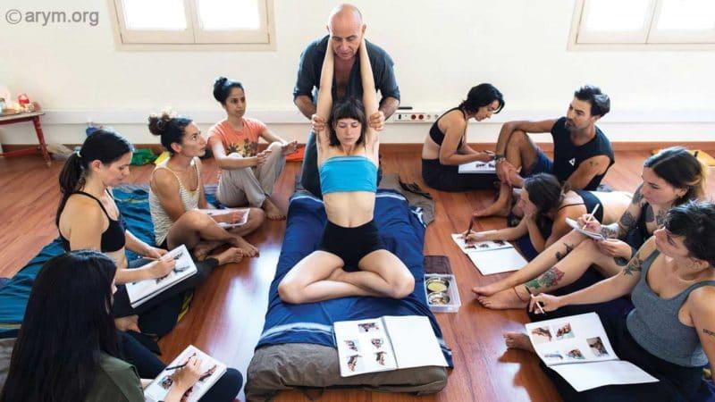 Ayurvedic Yoga Massage training – The Elephant Stretch