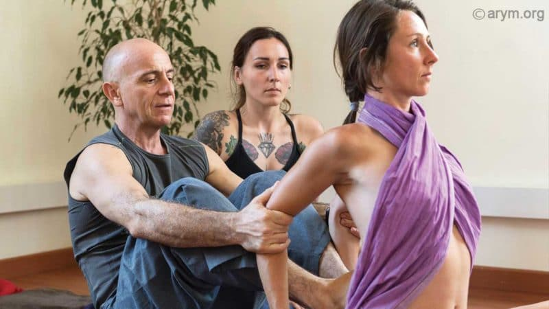 Ayurvedic Yoga Massage with Ananta Sylvain Girard. The Dove stretch is a lumbar opener