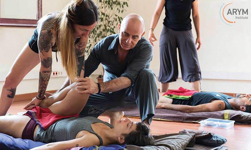 Ayurvedic Massage-AYM-Kusum-Modak-26